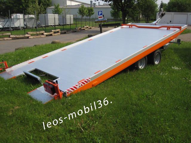 Vezeko Imola 30.43 geschlossener Aluboden 3000 kg mit Winde 4.34 x 2.09 Seilwinde Universal Auto Transporter Trailer Hochlader Überlader verstellbarer Radstopper